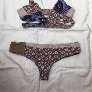 Acacia swimwear bottom only... Sz Large